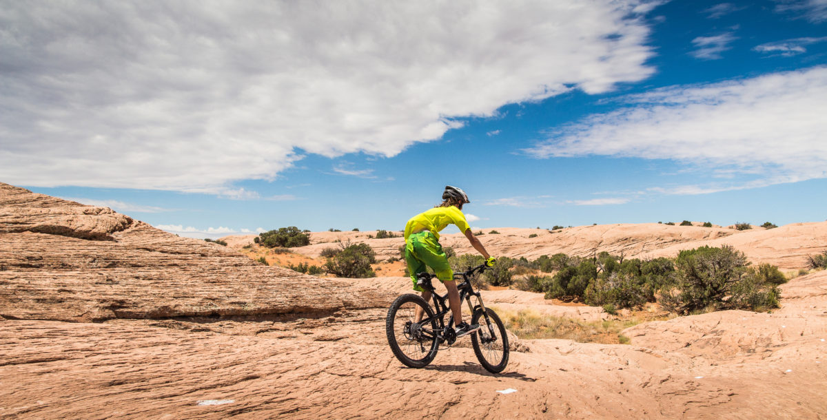 mountain-biking-in-utah-picjumbo-com